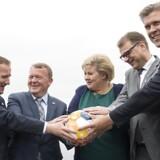 Fra venstre: Sveriges statsminister, Stefan Löfven, Danmarks Lars Løkke Rasmussen, Erna Solberg fra Norge, Finlands Juha Sipilä og Islands statsminister, Bjarni Benediktsson