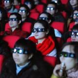 En kinesisk reklame har fået hefitig kritik fra udlandet efter at har kørt på kinesisk TV og biografer i den sidste måned.