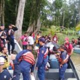 Myndighederne har beordret flere end 4000 mennesker evakueret fra den caribiske kystlinje i Costa Rica for at undgå dødsfald. Reuters/Handout