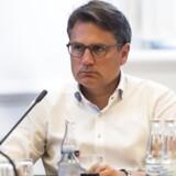 Erhvervsminister Brian Mikkelsen (K) har fundet den nye formand for Finanstilsynet. Der er sket et skifte fra en erhvervsperson til en professor.