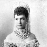 Prinsesse Dagmar poserer for fotografen i forbindelse med sit bryllup med den russiske tronfølger, Aleksander, 9. november 1866.