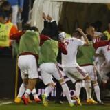 Mens Danmark mødte Portugal i Parken, tog Serbien imod Albanien i EM-kvalifikationen. Serbien-Albanien-kampen måtte imidlertid afbrydes, da en drone med et albansk flag fløj ind over stadion og blev fanget af en serbisk spiller, som hev det til jorden.