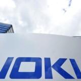 Nokia havde i slutningen af 0'erne en andel af det globale marked for mobiltelefoner på næsten 40 pct., men blev siden blev overhalet inden om af aktører som Samsung og Apple, før aktiviteterne blev solgt til Microsoft.