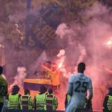 Publikum på Brøndbysiden jubler efter scoring til 1-1. FCK og Brøndby mødtes i parken til Pokalfinalen torsdag den 25. maj 2017.. (Foto: Ida Marie Odgaard/Scanpix 2017)
