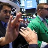 Arkivfoto.De asiatiske aktiemarkeder er stærkt blandede onsdag, hvor investorerne venter på USA's centralbanks pengepolitiske beslutning senere på dagen, og dollarbevægelserne påvirker ikke mindst det japanske marked.