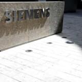 Et stort antal medarbejdere på Siemens Gamesas afdeling i Aalborg har af flere omgange nedlagt arbejdet søndag aften og mandag morgen.