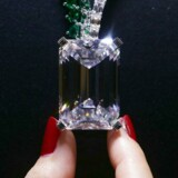 Kæmpediamanten i halskæden »The Art of de Grisogono«