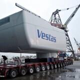 ARKIVFOTO: MHI Vestas vil samle vindmøller på landjorden i Holland, før de skibes ud til installation offshore i Nordsøen.