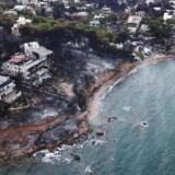 Luftfoto taget af den græske landsby Mati nær Athen efter skovbrandens hærgen den 24. juli 2018.