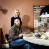 Mikkel og Camilla Karstad bor tæt, men hyggeligt på, 160 kvadratmeter med deres fire børn i alderen 7-19 år.