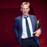 Så glad så han ud, Ole Lemmeke, da han sidste år modtog sin anden Reumert-statuette - denne gang for bedste birolle.