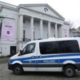 En AfD-politiker blev mandag aften udsat for et brutalt overfald i Bremen, tæt på Goethepladsen. Politiet går ud fra, at der er tale om en politisk motiveret handling. Der er valg i Bremen i maj.