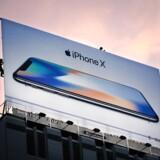 Den nye iPhone X-serie sælger ikke så godt som håbet. Nu er produktionen blev skåret. Arkivfoto: Elijah Nouvelage/AFP/Ritzau Scanpix