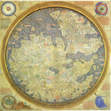 Fra Mauros hovedværk fra 1460 hører til historiens smukkeste verdenskort og blev benyttet til navigation forbløffende langt frem i tiden. Kortet er mest præcist tæt på Fra Mauros hjemlige Italien og knap så nøjagtigt omkring Skandinavien – i den tilhørende tekst beskrevet som hjemsted for isbjørne og stærke mennesker. Kan læseren ikke finde rundt i kortet? Vend skærmen på hovedet og få svaret. Tegneren har placeret syd øverst i overensstemmelse med arabisk tradition, og fordi tidens kompasser orienterede sig mod syd. At vi andre bliver forvirret over en simpel drejning på 180 grader, fortæller lidt om erthvert korts kraft som verdensbillede. Bemærk i øvrigt Paradis lidt uden for kortet nederst i venstre hjørne.