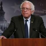 Den amerikanske demokratiske senator, Bernie Sanders, er ikke tynget af den europæiske koldkrigsarv, som præger den europæiske venstrefløj. Med undtagelse af britiske Jeremy Corbyn er det længe siden, at vi ifølge Malte Frøslee Ibsen har set ambitiøse og selvsikre socialdemokrater i Europa. Foto: Alex Wong/Ritzau Scanpix