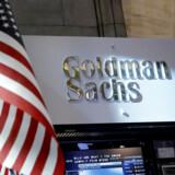 Goldman Sachs er en af de første amerikanske børsmastodonter, der kommer med regnskaber her i det nye år. Her ses bankens stand på New York Stock Exchange. Arkivfoto: Brendan McDermid/Reuters/Ritzau Scanpix