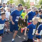 """(ARKIV) Kronprins Frederik løber """"Royal Run"""" i Aalborg, mandag den 21. maj 2018. Flere end 70.000 løb sidste år med ved Royal Run. Løbet vender tilbage i 2019. Det skriver Ritzau, onsdag den 16. januar 2019.. (Foto: Henning Bagger/Ritzau Scanpix)"""