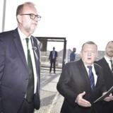 Energi-, forsynings- og klimaminister Lars Christian Lilleholt (V) bliver beskyldt for at have fyret Klimarådets tidligere formand, Peter Birch Sørensen, fordi han var kritisk over for regeringen.