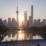 Kinas økonomiske vækst er aftagende, men man må ikke glemme, at det er en langt mere moden økonomi end tidligere. Det er kun et par årtier siden, at Shanghais finansielle distrikt var rismarker.