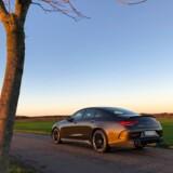 Mercedes-AMG CLS 53 4Matic er i bogstaveligste forstand en bil, man får lyst at køre mod solnedgangen i. Hurtig og sporty når det kræves, og luksuriøs og komfortabel når det behov opstår.
