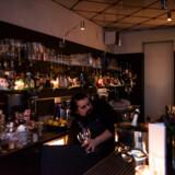 Berlingskes anmelder synes K-bar er et rart sted at være, hvor det emmer lidt af nostalgi.