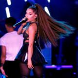 Ariana Grandes nye hit »7 Rings«, der har mere end 78 millioner streams på Spotify, starter vokalen efter en kort intro på 14 sekunder. På grund af streamingens udbredelse har vi som lyttere vænnet os til, at et popnummer skal starte hurtigt.