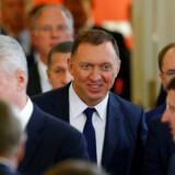 Sanktionerne mod den russiske rigmand Oleg Deripaska er nu ophævet. Men han efterforskes stadig for sine forbindelser i 2016 til præsident Trumps tidligere kampagnechef, Paul Manafort.