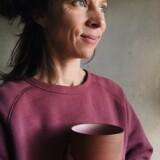 Mette Duedahl er keramiker og har base i Listed på Bornholm. Se mere på Metteduedahl.com og Instagram@metteduedahl.
