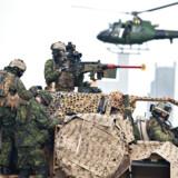 Hvordan skal de nye forsvarspenge anvendes? Henrik Breitenbach giver politikerne en tjekliste.