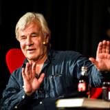 »Det svenske sikkerhedspoliti har nøje efterprøvet den sag, og sikkerhedspolitiet deler mit standpunkt om, at jeg var journalist,« skriver Jan Guillou om spionanklager.
