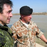 Statsminister Anders Fogh Rasmussen besøger de danske styrker i Irak 1. februar 2004. Udredningen om baggrunden for Danmarks militære engagement i Kosovo, Irak og Afghanistan blev fremlagt tirsdag.