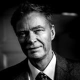 Med valget af »Klaus Riskær Pedersen« som partinavn vil det for vælgerne se ud som om, Klaus Riskær Pedersen personligt opstiller i samtlige valgkredse i Danmark.