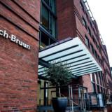 Et af Danmarks største advokatfirmaer, Bech-Bruun, gik for langt, da det rådgav en tysk bank, som blev en af hovedaktørerne i den formodede milliardsvindel med udbytteskat. Det fastslår to eksperter overfor Politiken og DR Nyheder.