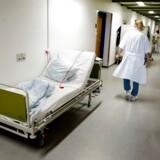 Årsagen til evt. lavere privat pris på de private hospitaler er, at det private simpelthen ikke foretager de samme obligatoriske og komplicerede ting, som det offentlige, mener Niels-Henning Jakobsen.