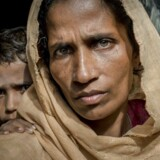 Red Barnet dokumenterer i en ny rapport, hvordan krig rettes mod børn som kalkuleret krigsførelse. Her er det et arkivfoto fra november 2017, da Berlingske besøgte en flygtningelejr i Bangladesh på grænsen til Myanmar, hvor mere end 900.000 rohingyaere var flygtet til. På fotoet ses 40-årige Rahima Katun, der var flygtet med sin mand og tre børn. Arkivfoto: Asger Ladefoged