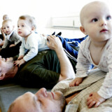 Fædre på barsel er her til babyrytmik på Østerbro. Desværre er der ingen, der har tænkt på de mange fædre, der er selvstændige erhvervsdrivende, og som ikke kan tillade sig at holde barsel, skriver M. Ingerslev Petersen.