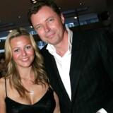 Klaus Riskær Pedersen sammen med fru Jill til premiere på Bille August-filmen »Return to Sender«. Arkivfoto: Mogens Flindt / Ritzau Scanpix