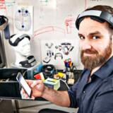 Balder Onarheim er CEO og medstifter af den københavns opstartsvirksomhed Platoscience. Han har sammen med en partner udviklet et device til neurostimulering. Ved at tage det på hovedet, kan man stimulere hjernens koncentrationsevne, evne til kreativ tækning og andre kognitive funktioner.