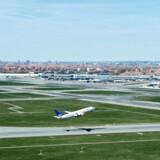 Brancheforeningen Dansk Luftfart er klar til at tage ansvaret og forpligte branchen til at gøre luftfarten i Danmark mere klimavenlig.