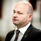 De seneste dage har politikere stået i kø for at tale dunder imod danske jihadister. De er ikke velkomne, de er landsforrædere, og de kan blive væk, har det lydt. Justitsminister Søren Pape Poulsen siger nu, at det kan være bedre for danskernes sikkerhed, såfremt de hjemtages til retsforfølgelse.