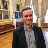 »Jeg tror, at vi må indse, at vi også i fremtiden kommer til at benytte bruger-finansiering med både bompenge og betalingsring,« siger Helge Orten medlem af Stortinget i Norge for Høyre.