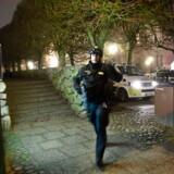 Bevæbnet politi er tilstede ved justitsminister Søren Pape Poulsens hjem i Viborg, søndag den 24. februar 2019.. (Foto: Bo Amstrup/Ritzau Scanpix)