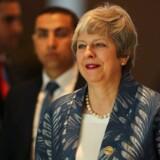 Theresa May har offentligt afvist at bede om udskydelse af Brexit-forhandlingerne. Hun håber, at tidspresset kan hjælpe hendes skilsmisseaftale i mål.