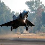 Pakistan har onsdag skudt to indiske kampfly ned, der befandt sig i Pakistans luftrum. Det oplyser militæret. Billedet her er et arkvifoto og har ikke relation til den pågældende situation.