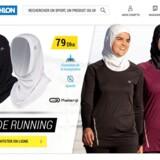 Annonce for sports-hijabs fra Decathlon til salg i Marokko.