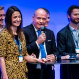 Søren Gade (med mikrofonen) blev overgået af blandt andre Linea Søgaard-Lidell (tv.), da Venstres delegerede i dag stemte om europaparlamentskandidaternes placering på partiets opstillingsliste. Foto: Martin Sylvest/Ritzau Scanpix