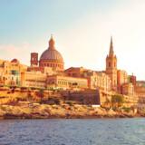 Valletta er Maltas hovedstad. Den er grundlagt i 1500-tallet af Johanitterordenen som en fæstningsby - og det var der også behov for ved adskillige lejligheder. Siden blev Malta britisk kronkoloni og var en overgang en vigtig flådebase i Middelhavet frem til selvstændigheden i 1964.