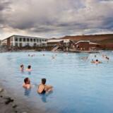 Der er varme geothermale søer, kaldet hot-pot, over hele Island, som man benytter året rundt.