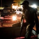 Efter vedtagelsen af den nye antismuglerlov er kriminaliteten i Agadez steget markant. Og flere er bange for, at frustrerede arbejdsløse smuglere vil lave væbnet oprør eller tilslutte sig nogle af de jihadistgrupper, som hærger Nigers nabolande.