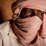 Mohammad Baba har tjent hundredetusinder af kroner på at smugle migranter gennem Sahara. Men en EU-støttet lov har sat en stopper for hans business. Og de penge han fik af EU i kompensation er for længst brugt op.
